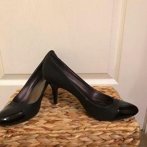 Size 9 Calvin Klein Heels